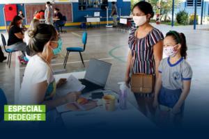 Desigualdades sociais e econômicas permeiam os desafios de acesso à internet e conectividade no Brasil.