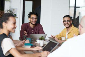 Pacto pela Equidade Racial incentiva atuação de empresas no enfrentamento às desigualdades no ambiente corporativo